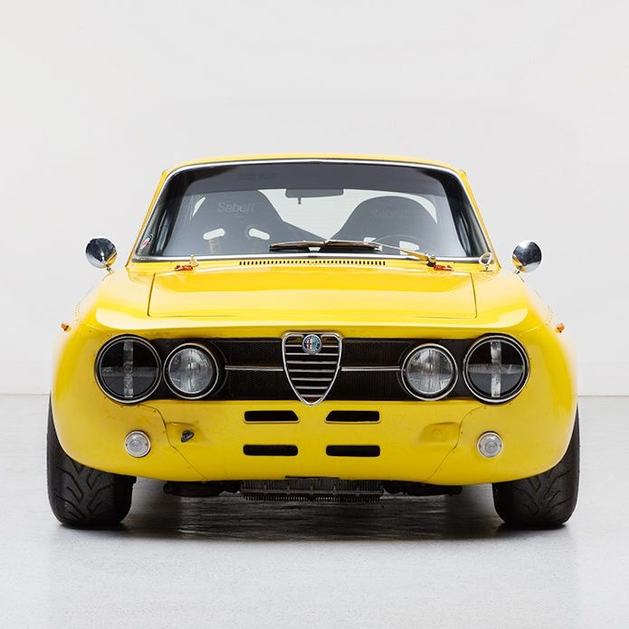 1976 Alfa Romeo 1750 - GTAm Special Maintenance/restoration of old/vintage vehicles: the material for new cogs/casters/gears/pads could be cast polyamide which I (Cast polyamide) can produce. My contact: tatjana.alic@windowslive.com