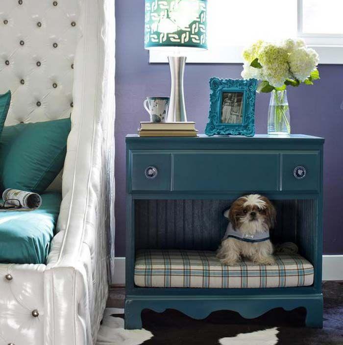 Faça você mesmo: caminha de cachorro com caixa de madeira http://www.blogdocasamento.com.br/caminha-de-cachorro/