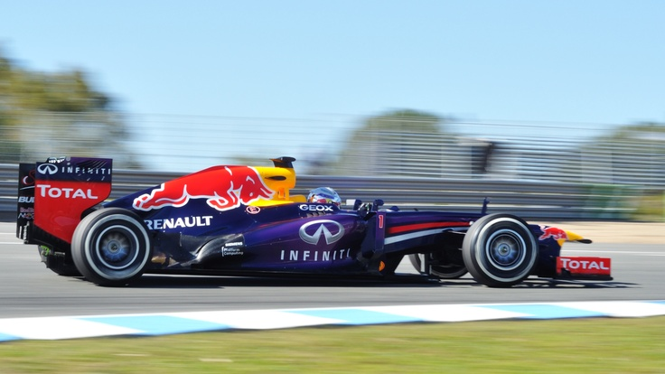 File:F1 2013 Jerez test - Red Bull 3.jpg