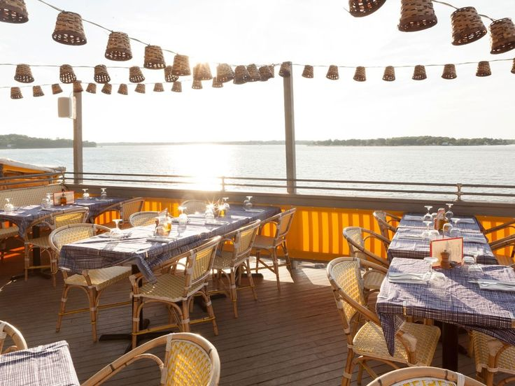The Chequit Shelter Island Heights, New York sky meal restaurant brunch buffet several