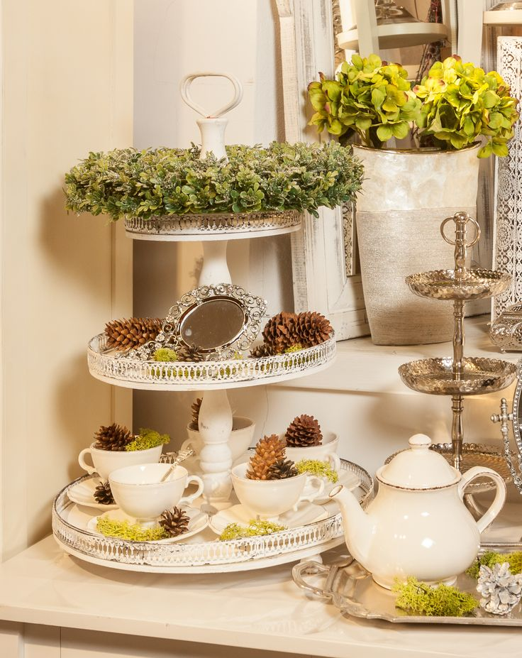 Gingerbread Cake Trays, silver moments with silver curls