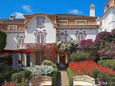 Secretplaces - Casa da Pérgola Cascais, Cascais  Sintra, Portugal