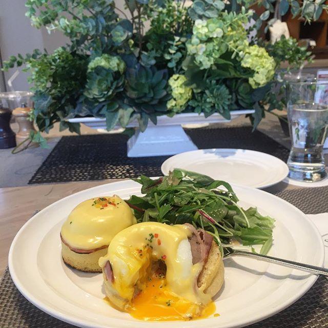 "@b.e.e.n.b.e.e.n's photo: ""#daily #instafood #instadaily #daikanyama #tokyo #sarabeth #eggbenedict #brunch #다이칸야마 #사라베스 #에그베네딕트 #브런치 #도쿄여행 #여행스타그램 #먹스타그램"""