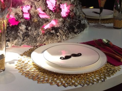 What's that on the plate? Looks like a  'stache!: La Table, Art De, Party'S Ev Ideas, Stach Bash