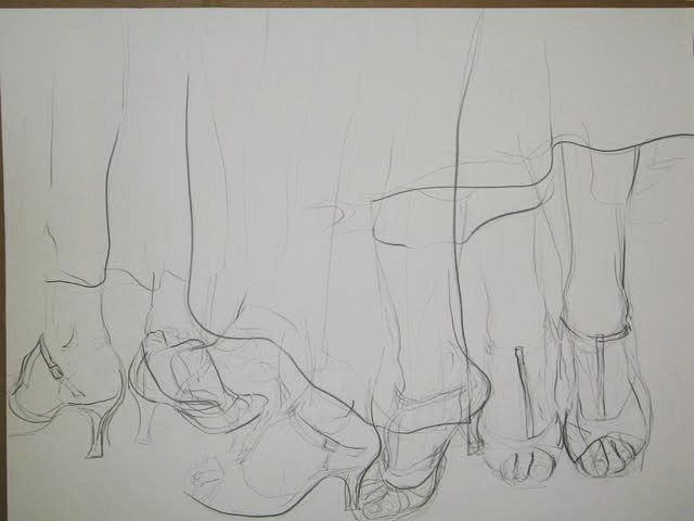 Dancing step. Pencil drawing on paper. You see how the feet move from the original spot to perform a dance move.  #ArtbyCarinaturckclark #thouartuseful @thouartuseful #drawing #pencil #pencildrawing #art #dance #feet