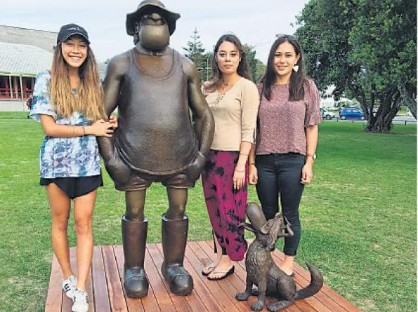 FAMILY: The installation of bronze sculptures of Gisborne artist Murray Ball's cartoon characters Wal and Dog from Footrot Flats was celebrated last night .