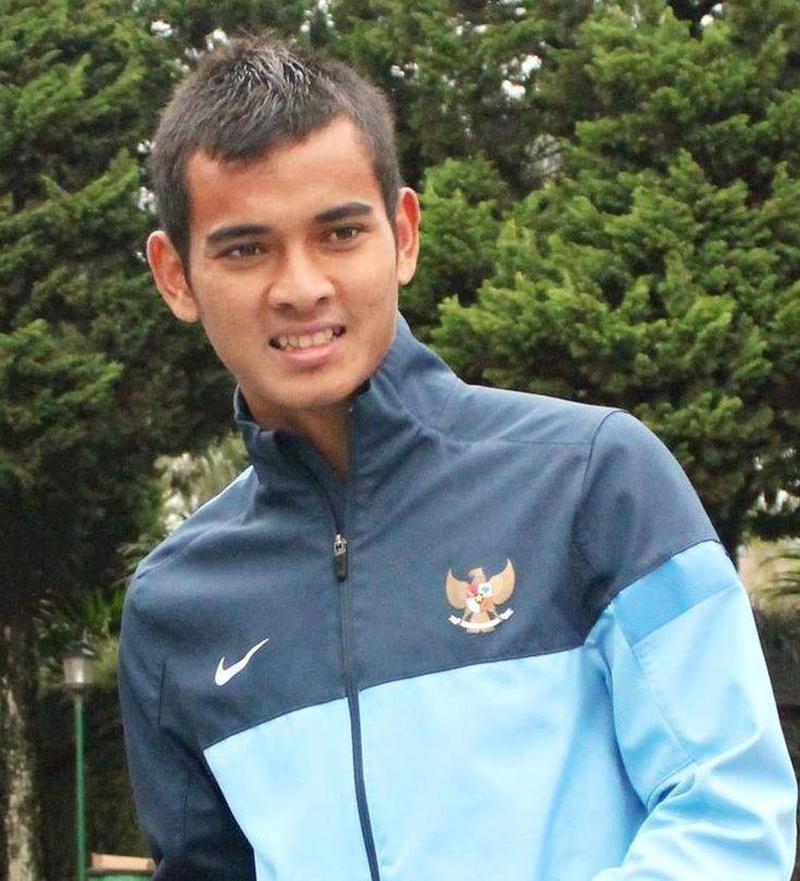 ini dia kiper unggulan Timnas U-19 Ravi Murdianto (: