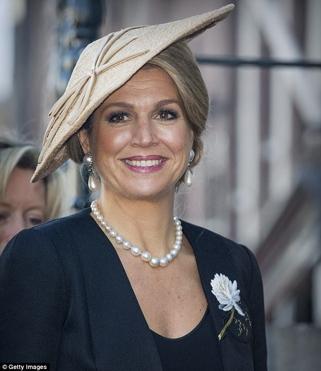 491 best hats maxima zorrigueta con sombreros images on pinterest elegant queen maxima accessorised her outfit with pearl jewellery and a signature hat publicscrutiny Choice Image