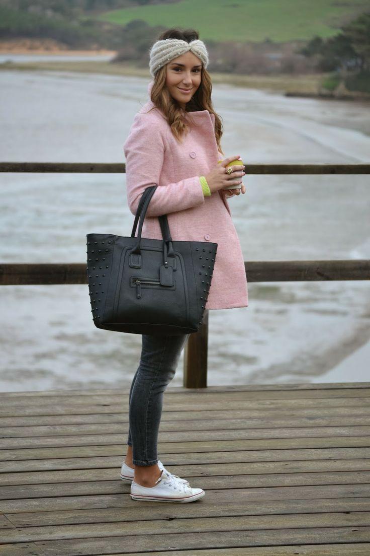 Turbante/Turban - Blanco Jersey/Sweater - Primark Abrigo/Coat - Zara Jeans - Pedro del Hierro Deportivas/Sneakers - Converse KeepCup - ...