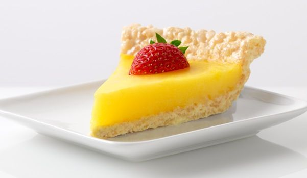 Marshmallow Crispy Lemon Pie. Rice Crispy Treat pie crust! Omg.