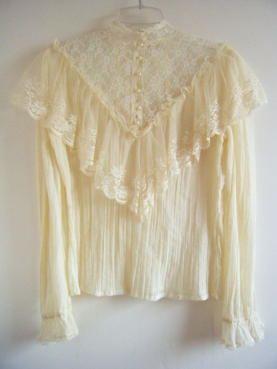 1970s GUNNE SAX blouse. I'm pretty sure I had this exact blouse - I totally loved Gunne Sax!!! **Felt pretty feminine wearing these**