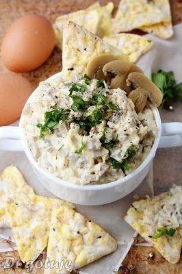 Di gotuje: Pasta pieczarkowo-jajeczna z żółtym serem