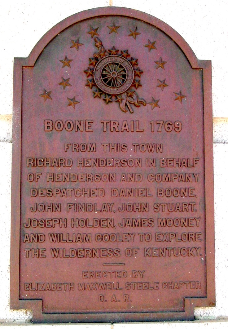 daniel boone history Daniel boone was a famous american pioneer best known for exploring and settling kentucky daniel was born on october 22, 1734, near present-day reading, pennsylvania he was the son of a quaker weaver and blacksmith and had ten brothers and sisters from an early age, daniel loved exploring he was .