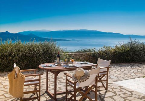 Enjoy your vacation in Lefkada at the beautiful Pearl Mansions Villas. Ask for the last minute offers of August