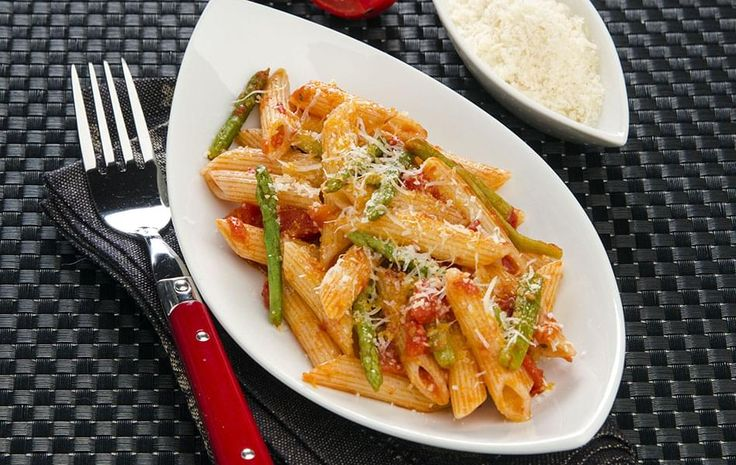 Bow Tie Pasta with Roasted Asparagus and Peppers