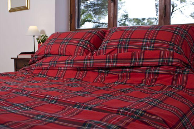 Grant Mc Rosso - Tartan moderno ispirato al più classico dei disegni scozzesi, in rosso, verde e beige - 100% cotone tinto in filo