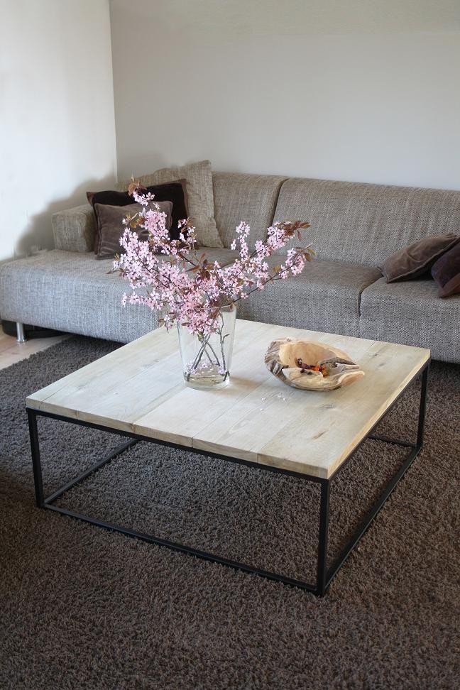 Salontafel op maat gemaakt! In alle afmetingen. Stalen frame met eiken blad. Te bestellen bij info@studio-87.nl