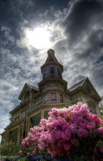 Flavel House by Jës, via Flickr