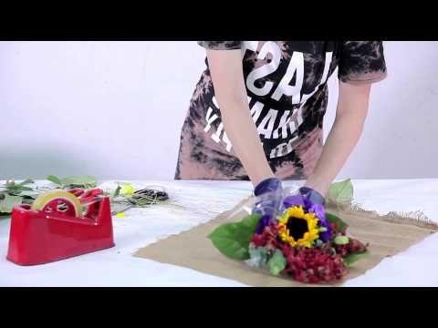 How to arrange a Mini Flower Bouquet - YouTube