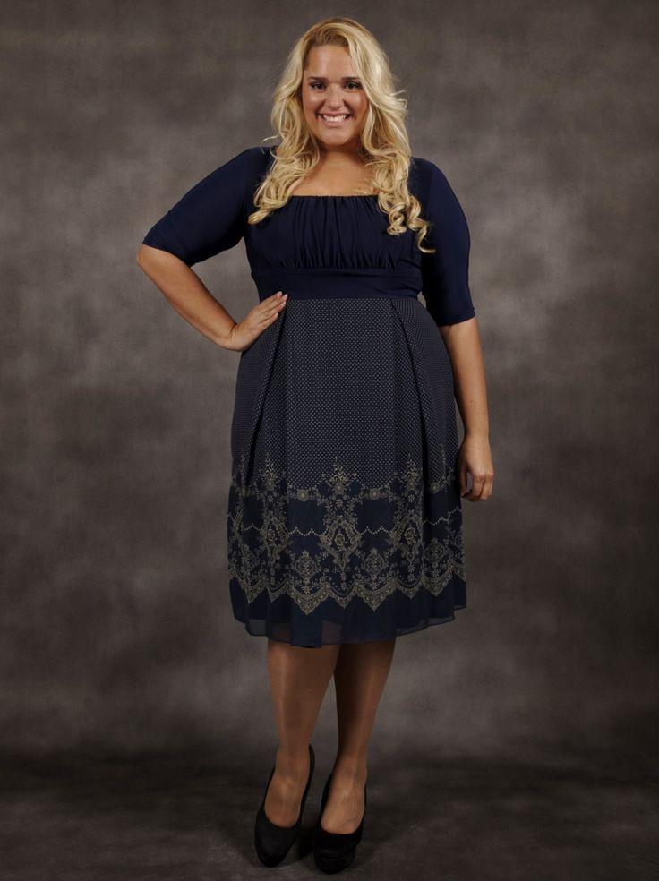 Flot Hayleigh kjole fra Igigi båret af Deborah Se mere her: http://www.ladiva.dk/web/product_details.php?subcatPkid=1431&productpass=2