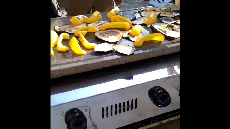 Barbecue 3 fuochi cottura senza fumi -  Estetic Fer Style -  Sagra Anguilla 2014  https://www.youtube.com/watch?v=gF7j1M91IJ0
