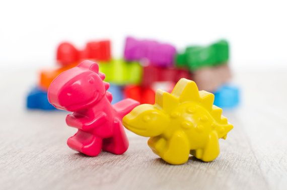 Dinosaur Crayons! The kids would love these...even 2nd graders. Bucket, Set of 15, Kids Gift Idea, Party Favors From Etsy