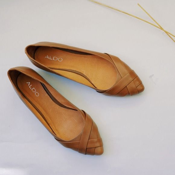 ALDO Shoes - Basic tan leather flats (new) - $25