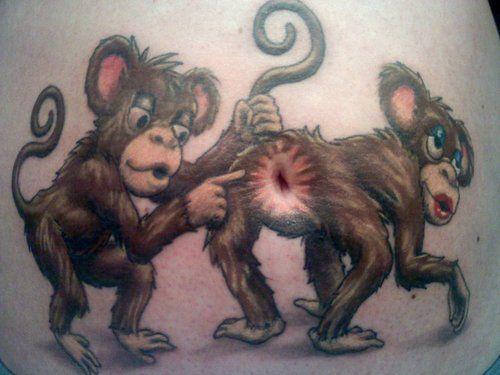 40 Tatuaggi nell'addome e sul basso ventre