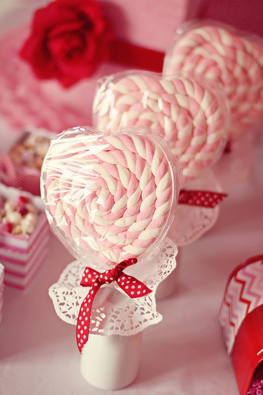 Marshmallow Heart Pops