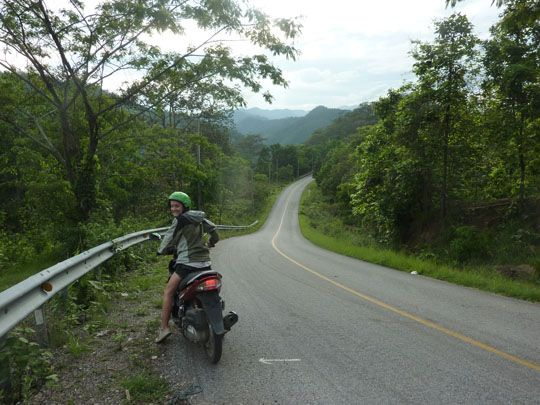 10 Tips for Hiring a Motorbike in Thailand (For Beginners)
