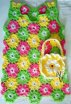 Flowers (free pattern)...I love this! Love the colors!