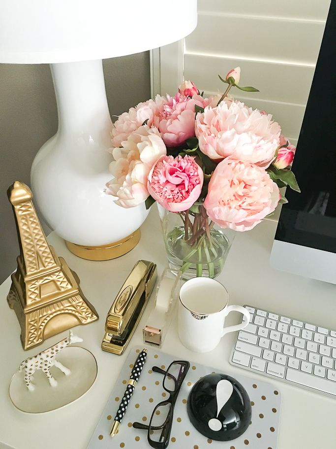 StylishPetite.com | Desk accessories, faux silk peonies, gold eiffel tower, gold lipstick mug, Kate Spade polka dot pen, Kate Spade weight, Nate Berkus gold stapler, Polka dot giraffe trinket tray