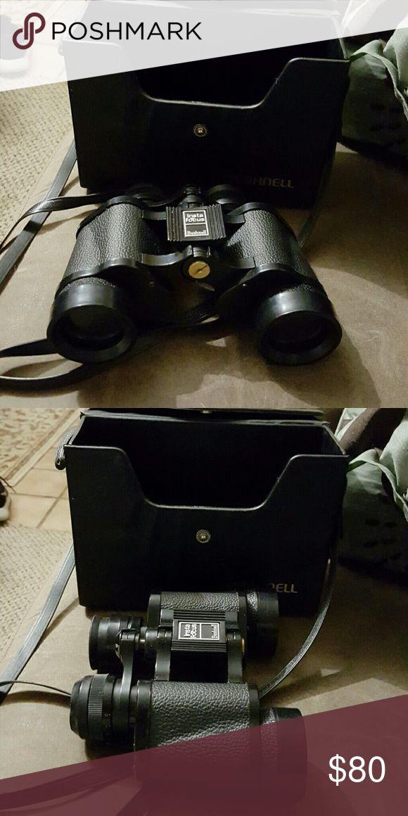 Bushnell binoculars.. best offer Black and sliver bushnell binoculars new with case bushnell Accessories