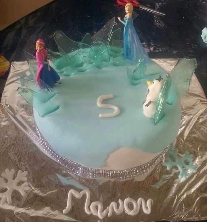 Reine des neiges. Gâteau pinata