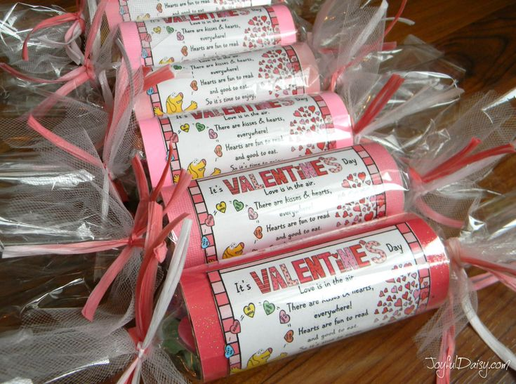 VALENTINE Poem and treat tubes and tags!  Great gifts for your favorite valentine, to take to work, send to school with the kids, or use as Valentine party favors!