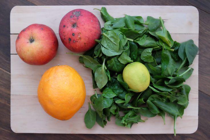 Szpinak to niskokaloryczne i bardzo wdzięczne warzywo. We wpisie dietetyczne, proste i smaczne przepisy na zdrowe koktajle i smoothies ze szpinaku. Sprawdź!