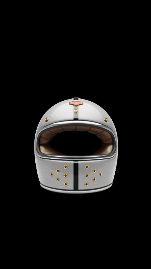 Ruby Helmet Castel