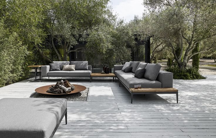 Contemporary style sectional upholstered garden sofa GRID Collection by Gloster | design Henrik Pedersen