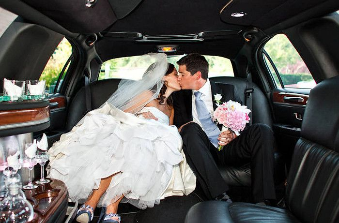 Wedding Limo Services A Limousine Connection In 2020 Wedding Limo Wedding Limo Service Limo