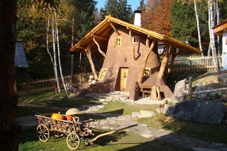 Pohádková vesnička Podlesíčko - pohádkové ubytování