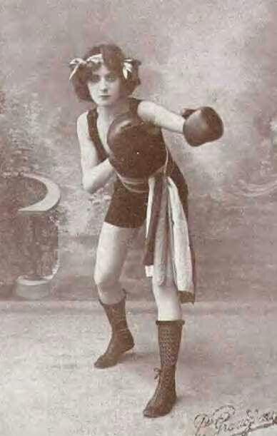 Female boxer 1911