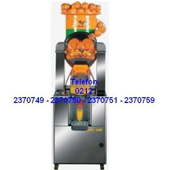 Otomatik Portakal Sıkma Makinası Satışı 0212 2370749 - Altında paslanmaz standı tezgahı bulunan bu portakal sıkma makinasını herhangibir tezgah v.s. benzeri sehpa aramadan direkt olarak kullanacağınız yere koyar orada portakalları sıkmaya başlarsınız. Tezgahlı portakal sıkma makinesi ihtiyaçlarınız için arayabilirsiniz 0212 2370750