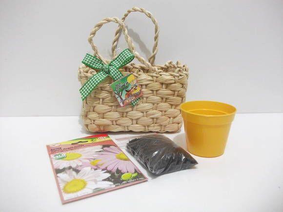 Kit jardinagem na mini bolsinha de palha | POINT DAS LEMBRANCINHAS | 2E8B30 - Elo7