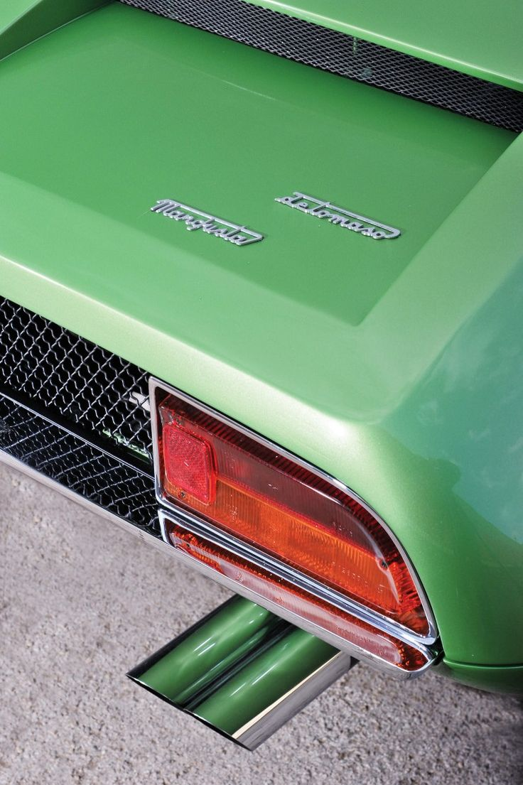 A Bright Green 1969 De Tomaso Mangusta Vintage sports
