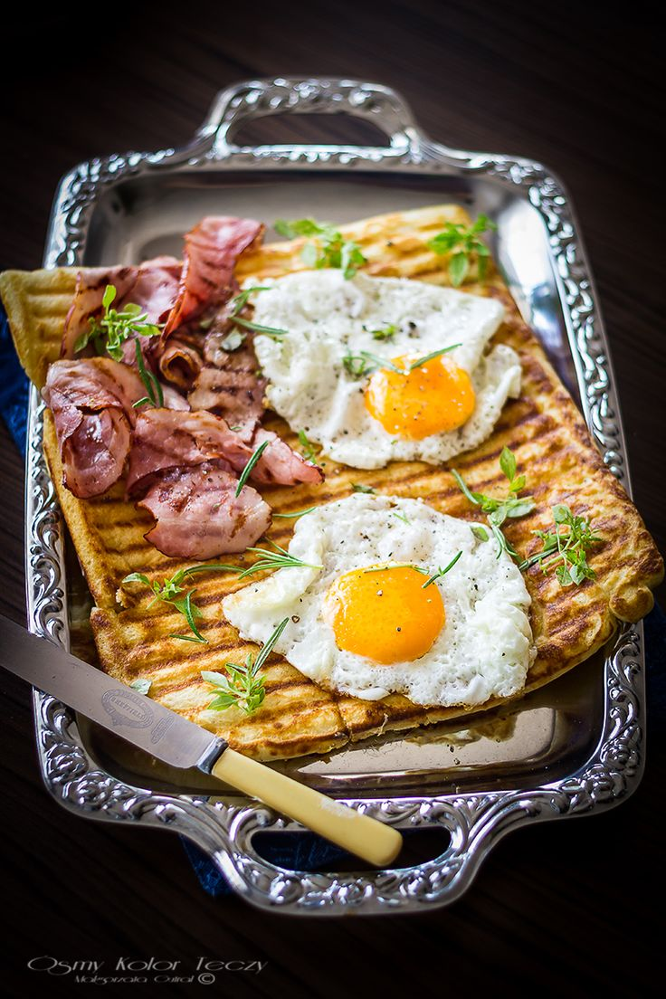 Griddle pan waffles