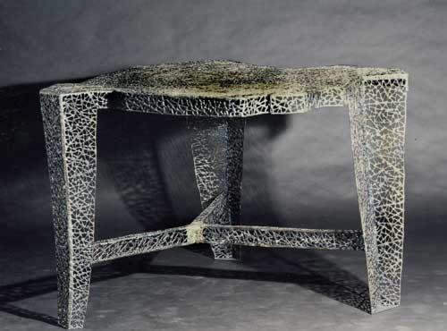 Tisch Mit Schmitzstruktur Aus Stahl Geschwei T