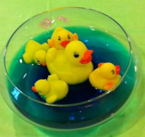 rubber ducky centerpiece ideas | rubber duck ducky baby shower centerpiece decorations picture ideas ...