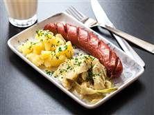 Stekt korv med gräddkokt fänkål och potatisstomp