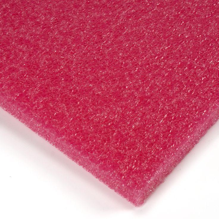 Stratocell colores rojo - Por fin una espuma flexible de polietileno o Stratocell de alta calidad en colores: perfecta para crear acolchamientos en el interior de los embalajes y todo tipo de manualidades. #MWMaterialsWorld #Stratocell #Embalaje #PAckaging