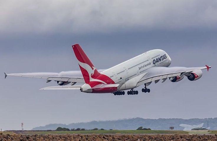 Qantas Airbus A380-842